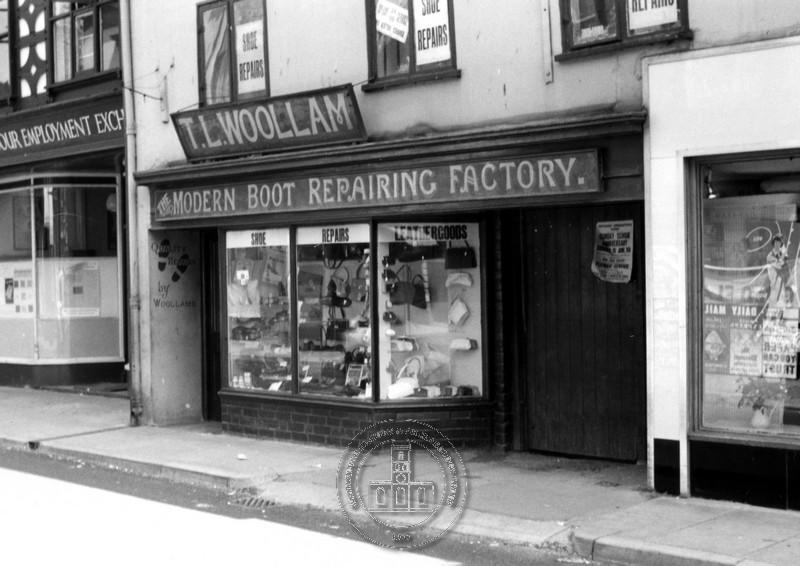 007 WOOLAM BOOT REPAIR